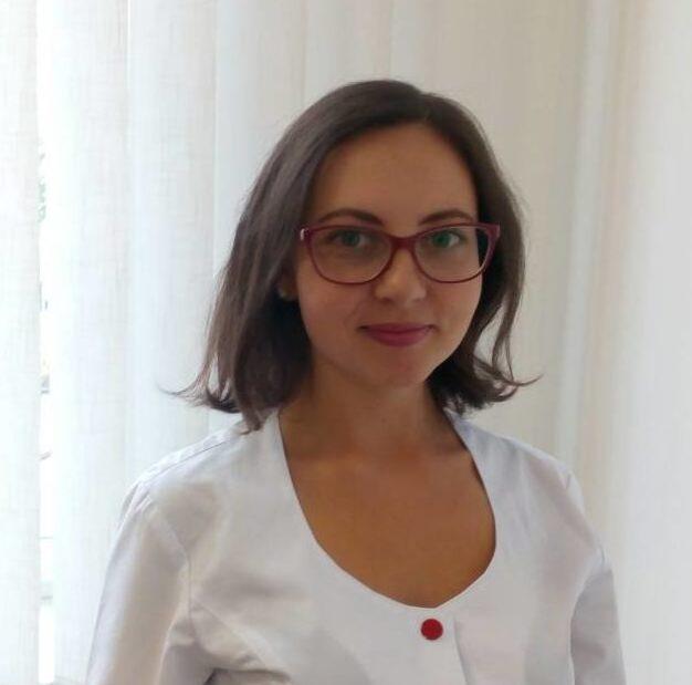 <strong>Лукьяненко Анна<br/> Владимировна</strong> : <em>Врач-диетолог<br/>    </em>